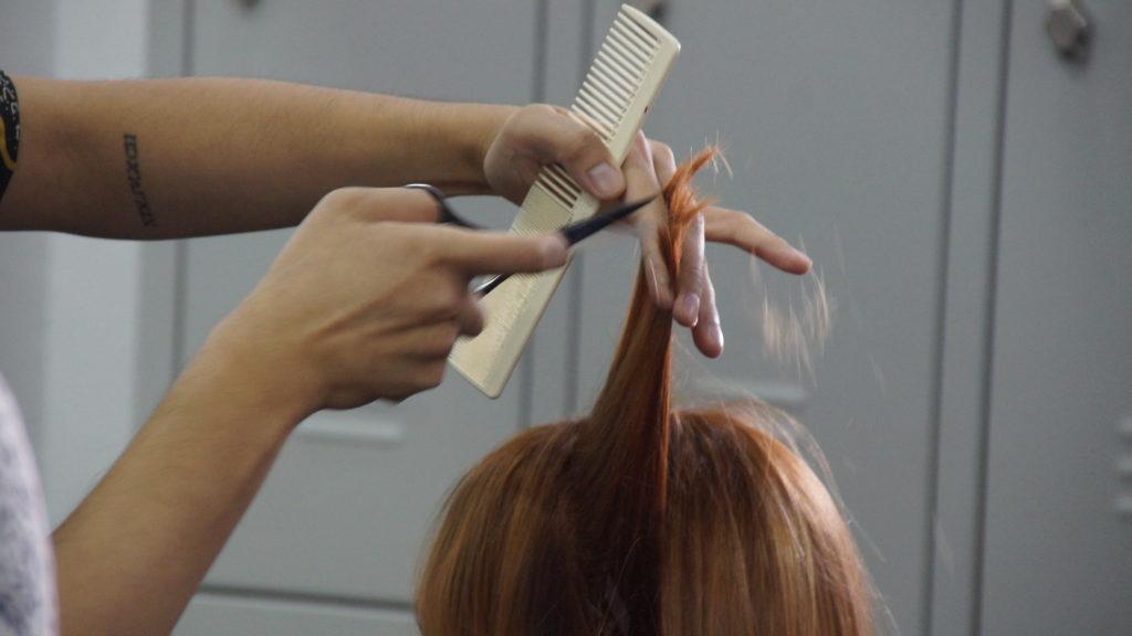 Die Haare schön bei VIET THUC im Dong Xuan Center ...